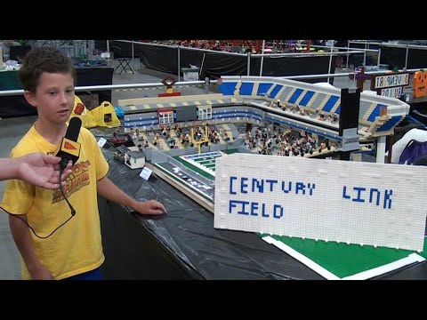 LEGO CenturyLink Field Seattle Seahawks stadium – Brickworld Chicago 2015