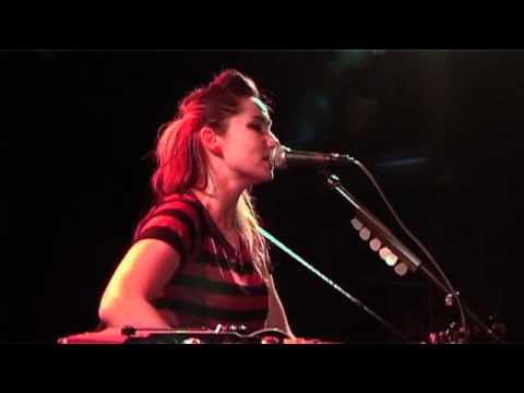 KT Tunstall - (Still a) Weirdo (Energy Live Session)