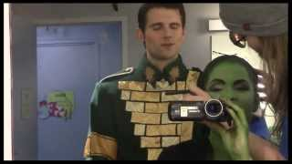 "Fly Girl: Backstage at ""Wicked"" with Lindsay Mendez, Episode 11: Surprise Holiday Special!"