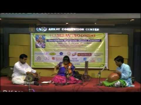Vinodha Vinyasa Sangeetha Utsavam 2014 - Shraddha Ravindran Violin Solo