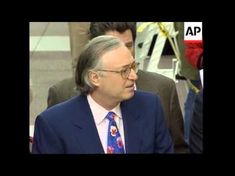 USA: SPORTSCASTER MARV ALBERT MAKES COURTROOM APOLOGY