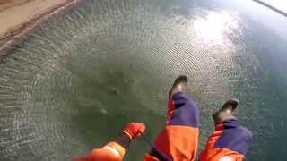 Спасатели и лётчики провели тренировку по спасению людей на воде
