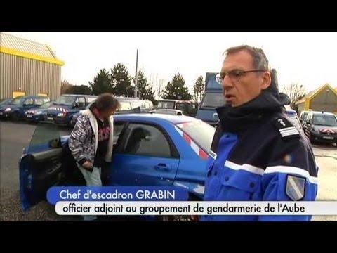 Une seconde vie pour les voitures de gendarmes! (Rosières)