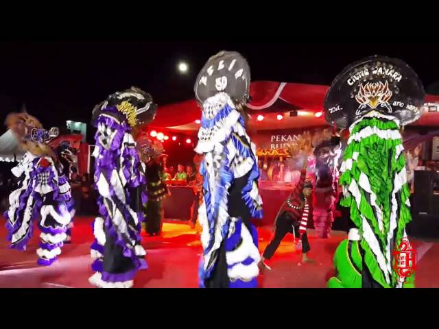 Barong Bonorowo   Penampil Terbaik dan Kostum Terbaik Hiwat Hiwut Crew feat New Kuda Irama