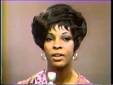 Martha & the Vandellas - Mike Douglas Show (1969)
