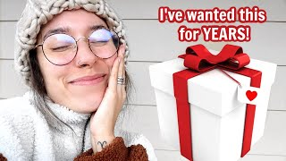 I GOT MY DREAM GIFT!! | Vlogmas Day 24