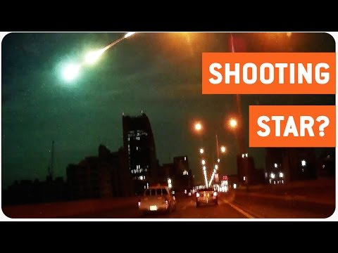 Shooting Star Illuminates the Sky | Alien Invasion?