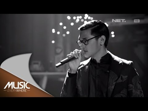 Afgan & The Gandarianz - Betapa Aku Cinta Padamu (Live at Music Everywhere) *