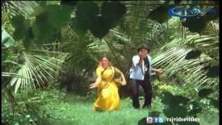 Nee Parkama Poriye HD Song
