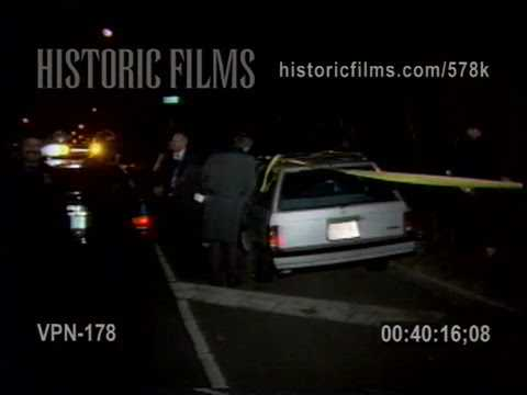 HOMICIDE IN AUTO, GRAND CENTRAL PARKWAY & JEWEL AVE, QUEENS - 1990