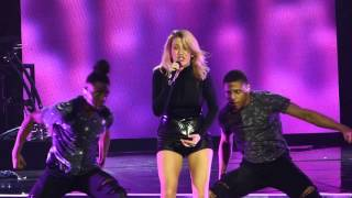 Ellie Goulding - Something In The Way You Move live Liverpool Echo Arena 10-03-16