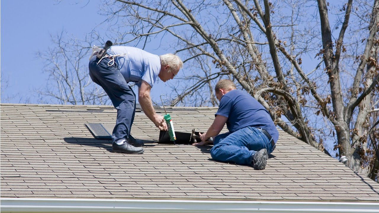 Roofers Jobs Career Salary And Education Information
