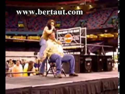 dance boy Girl gives lap