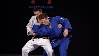 Grip fighting with Craig Fallon