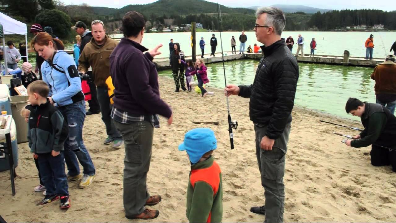Devils lake family fishing event lincoln city oregon for Fishing in lincoln city oregon