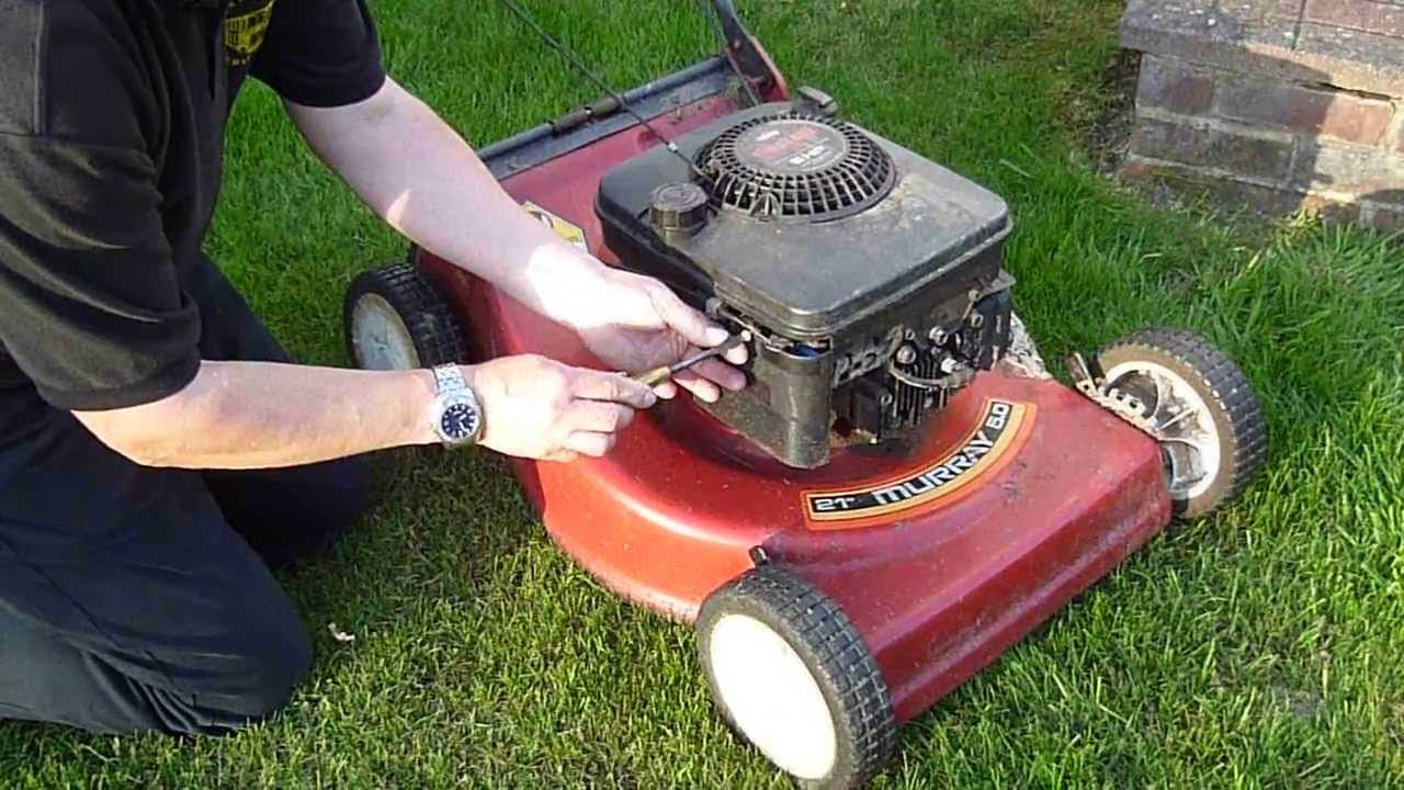 How To Change A Murray Lawn Mower Filter In Under A