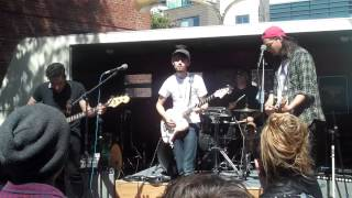 """Ume"" (Live at The 20th St Block Party) - The Bilinda Butchers"