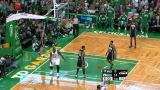 Boston cheers as Shaq finishes off the Celtics fast break