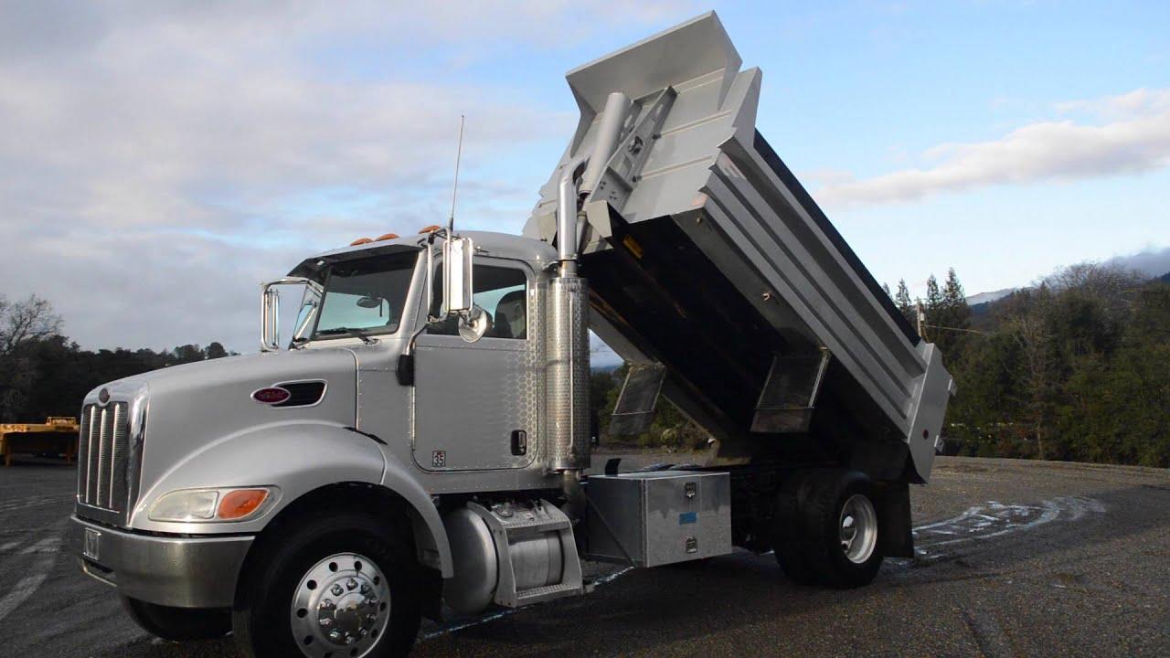 2005 Peterbilt 335 Dump Truck
