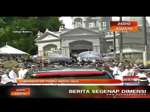 Pedati khas bawa jenazah Almarhum Tunku Abdul Jalil tiba di Makam Diraja