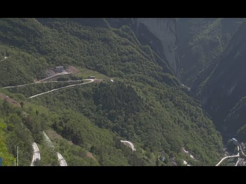 Renewed cliffside road changes lives of local villagers in SW China