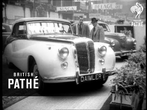 The Paris Motor Show (1952)
