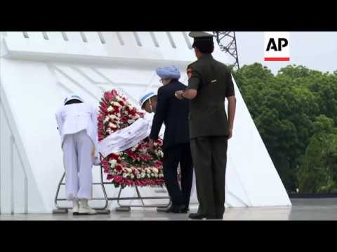 Indian PM Singh to meet Indonesian President Yudhoyono, wreath-laying