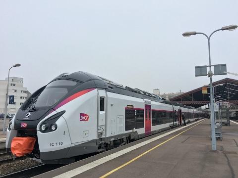 nouveaux CORADIA LINER en gare de Troyes