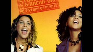 Download Louchie Lou & Michie One - 10 out of 10 (Mozart Symphony 40)