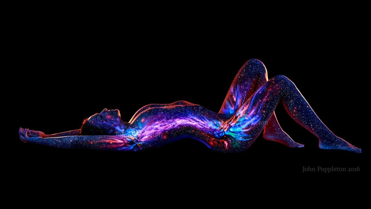 Body Painting Art By John Poppleton YouTube - Amazing black light body art photography john poppleton