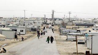حياة وسط الصحراء.. خمس سنوات بلا كهرباء كيف تأقلم سكان المخيم !-هنا سوريا
