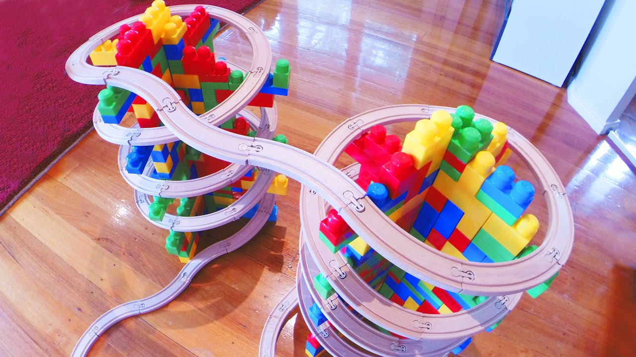 Mega Bloks Kids Double Mountain Spiral Toy Train Track 40 Youtube