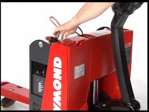 raymond 102xm walkie pallet truck youtube rh youtube com Raymond Pallet Jack Battery Raymond Side Loader