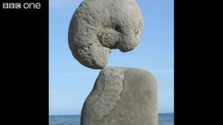 Incredible Stone Balancing Sculptures - Country Tracks - BBC One