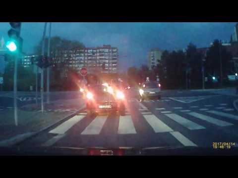 Wypadek na al. Andersa w Bielsku-Białej [13.04.2017]