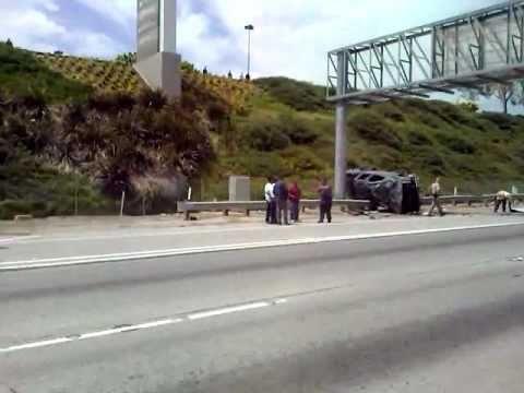 accidente en el freeway 60 el la ciudad de montebello