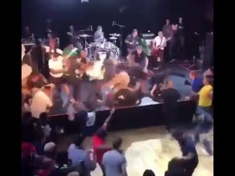 Dare's crazy chaotic pit goes viral ..at the 2018 'Sound And Fury Festival'