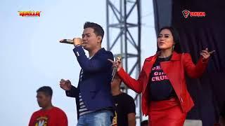 Download lagu Tak Kalah enco .. Memori Berkasih andi nieken Adella live Waryong