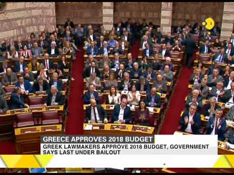 Greece approves 2018 budget
