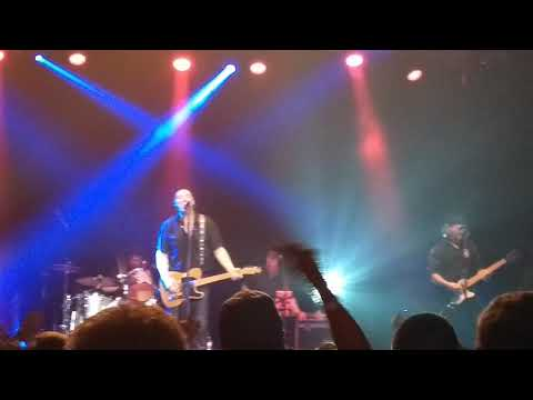 Bruce Springstein Tribute Band Covering Rosalita 2 - 24 - 2018