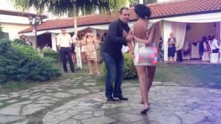Dress off - Bridal Salsa Dance
