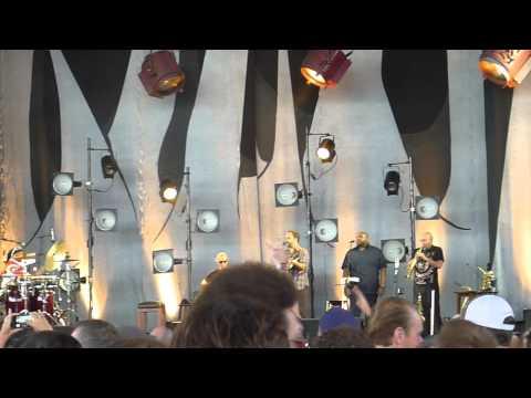 The Dave Matthews Band -Old Dirt Hill - Bristow 07-26-2014