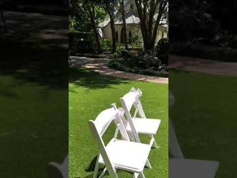 tamborine-gardens-wedding-resort,-chilled-wedding-guest