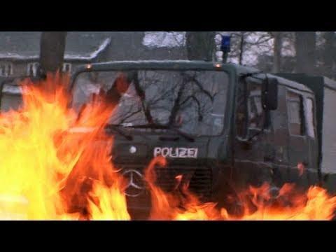 Dresden 19.02.2011: Blockaden verhindern Aufmarsch Rechtsradikaler - SPIEGEL TV