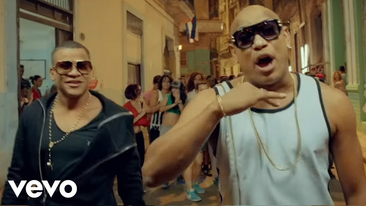 La Gozadera - Gente De Zona ft Marc Anthony - Video Official 2015