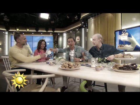 """Succéhiten """"Swedish Fika"""" live för första gången! - Nyhetsmorgon (TV4)"""