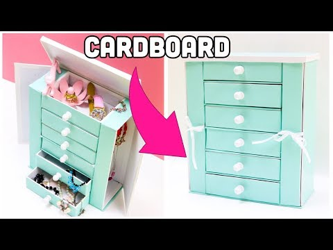 The BEST Jewelry Holder cardboard crafts diy storage