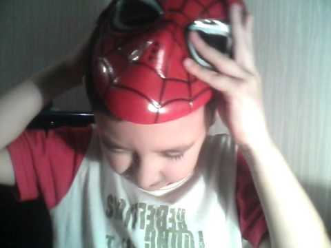 распаковка масок человек паук (чёрный и красный)