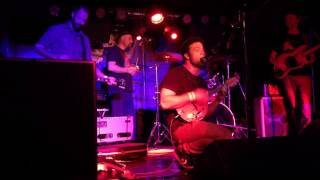 Cosmo Jarvis sings Gay Pirates live feat. Mad Dog Mcrea