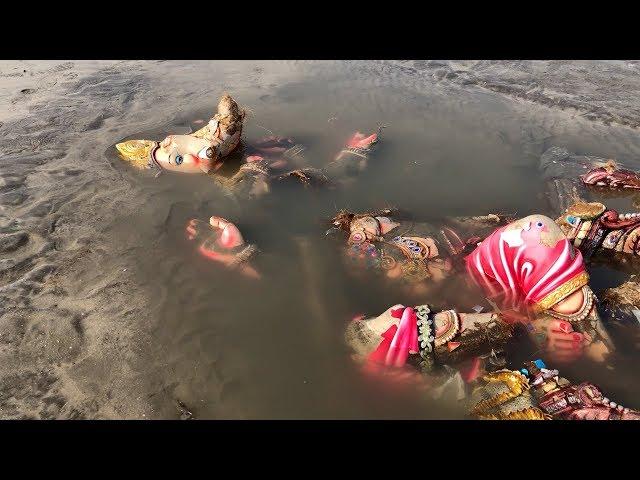 Post-visarjan scenes at Mumbai Beaches will SHOCK you! | Ganpati Visarjan 2018
